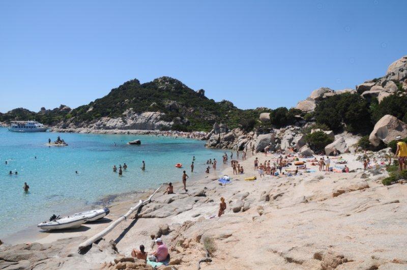 playas de cerdeña en la costa esmeralda