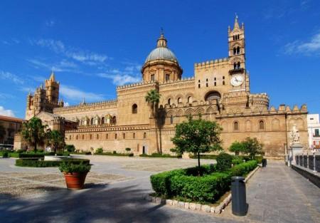 Plaza de la Catedral de Palermo