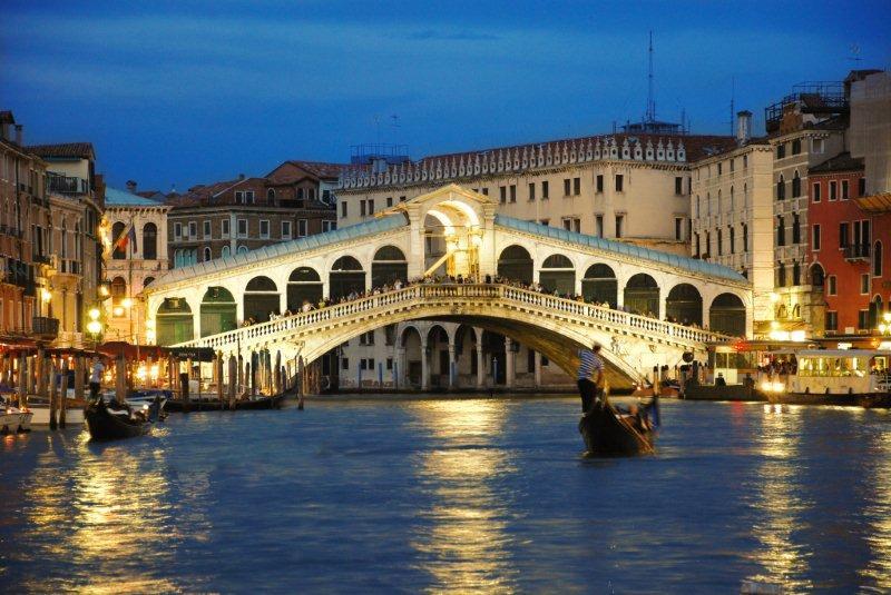 Puente de Rialto, el más conocido de Venecia