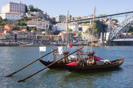 OPORTO - Barcas en el Duero