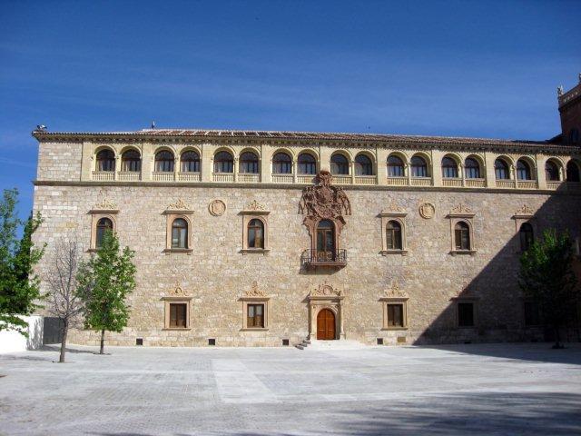 Palacio Arzobispo Alcala
