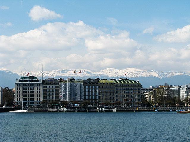 GINEBRA - Lago Lemán Suiza