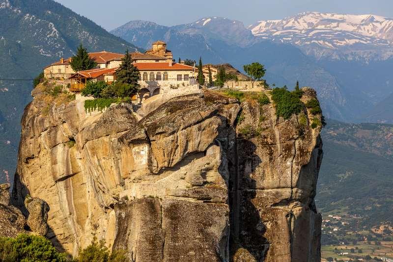 monasterios de meteora en grecia