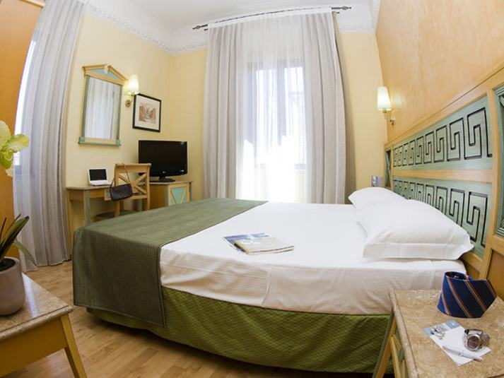 hotel en roma barato