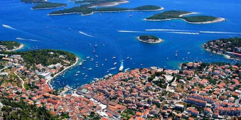 Bahía de Hvar, croacia