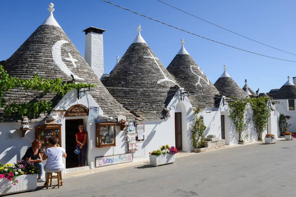 pueblos más bonitos Alberobello